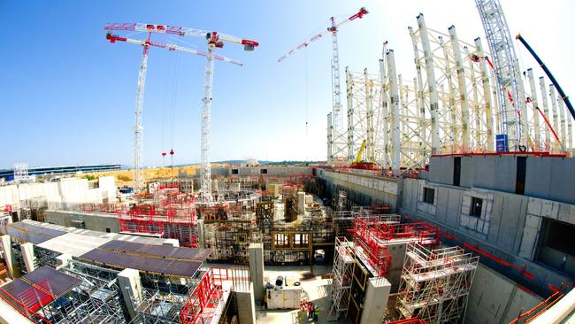 ITER nuclear fusion energy test a decade away thumbnail