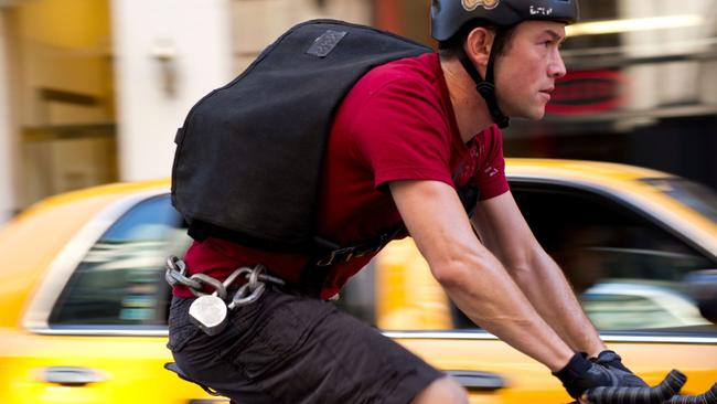 Joseph Gordon-Levitt proves bikes and New York City cabs don't mix.