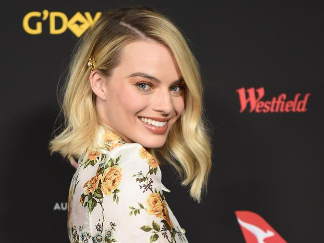The excitement around the Crocodile Dundee show reels — featuring Margot Robbie — has sparked a petition to Bring Back Dundee.