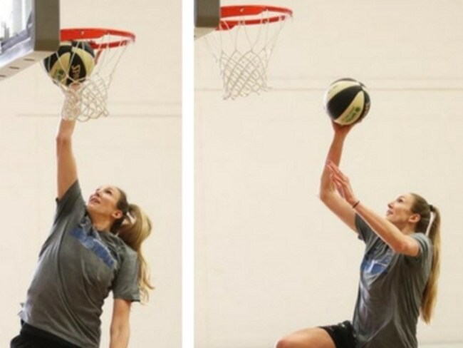 Jen Hamson dunking at Sydney Uni Flames training.