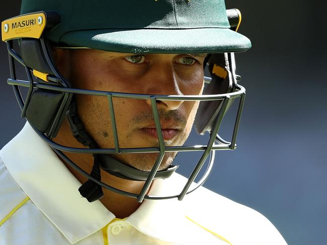 BRISBANE, AUSTRALIA - NOVEMBER 24:  Usman Khawaja of Australia looks dejected after being dismissed by Moeen Ali of England  during day two of the First Test Match of the 2017/18 Ashes Series between Australia and England at The Gabba on November 24, 2017 in Brisbane, Australia.  (Photo by Ryan Pierse/Getty Images)