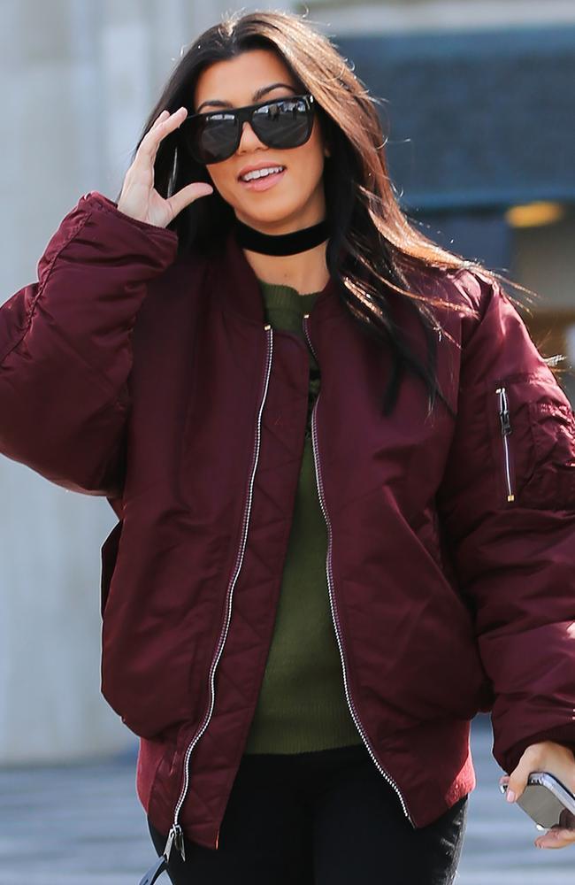 Kanye West opens Life of Pablo pop-up stores in Melbourne, Sydney