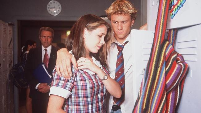 Kate Ritchie (Sally) and Heath Ledger (Scott) on  <i>Home and Away</i> in 1997