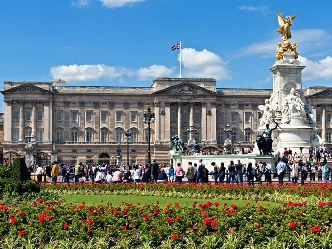 Prince Charles To Turn Buckingham Palace Into An Office