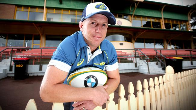 New Waratahs assistant coach Simon Cron was influential in signing Sauni from New Zealand.