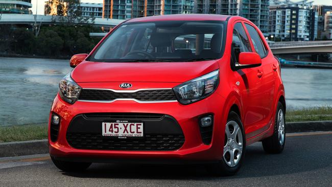 kia picanto new car review prices spec. Black Bedroom Furniture Sets. Home Design Ideas