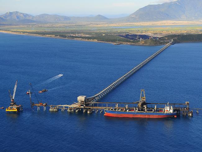 The Abbot Point coal port will be expanded to accommodate increased coal production from the Carmichael mine.