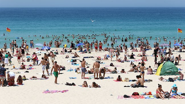 Bondi Beach in Sydney heatwave