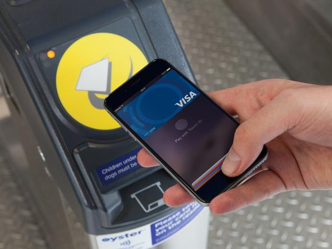 Aussie bank launches Apple Pay