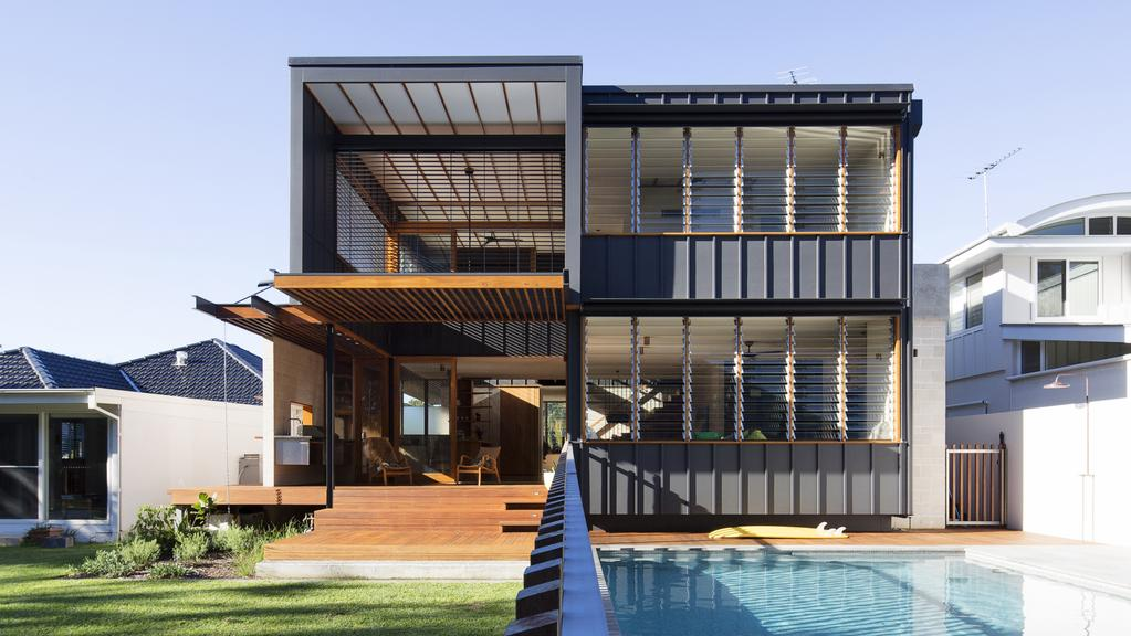 This house by Lawson and Lovell Buil; ding Servioces addresses soplar access and cross ventilation. It is a finalist in the 2017 HIA-CSR Greensmart Category.