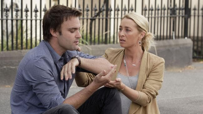 Patrick Reid (Matt Le Nevez) and Nina Proudman (Asher Keddie) in  <i>Offspring</i>