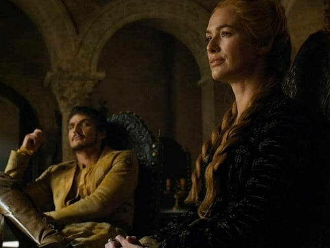 Meanwhile, back in the Small Council chamber, Oberyn surreptitiously checks out the queen regent.