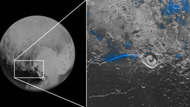 Regions with exposed water ice are highlighted in blue in this composite image from New Horizons.