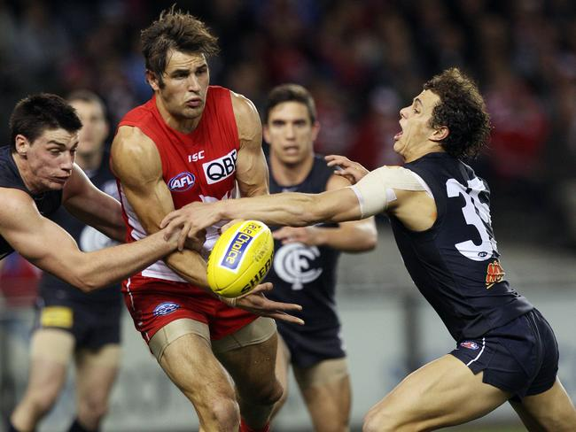 Josh Kennedy's height and strength helps him clear the footy from stoppages.