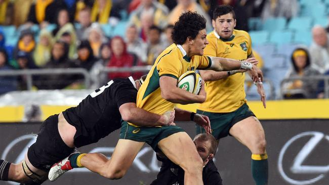 Matt Toomua on the charge for the Wallabies.