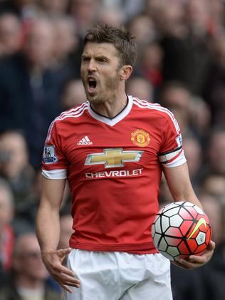 Manchester United's English midfielder Michael Carrick