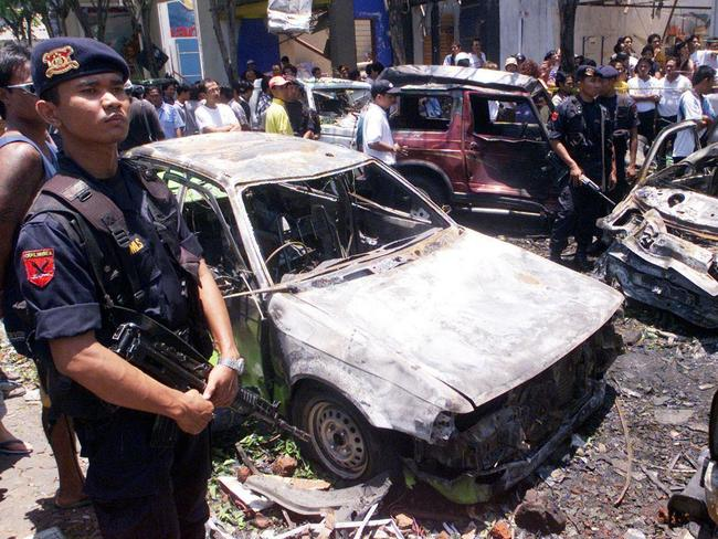 an introduction to history of the bali bombing Bali bombing 12 october 2002 on 12 october 2002, a deadly act of terrorism occurred in the tourist district of kuta on the indonesian island of bali.