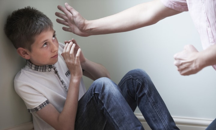 Kids who get smacked more likely to become violent partners