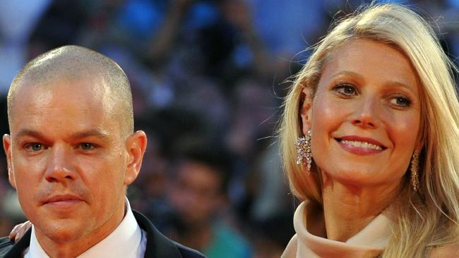 "03/09/2011 WIRE: US actor Matt Damon (L) and British actress Gwyneth Paltrow arrive for the screening of ""Contagion"" during the 68th Venice International Film Festival on September 3, 2011. ""Contagion"" by US director Steven Soderbergh is presented out of competition. AFP PHOTO / ALBERTO PIZZOLI"