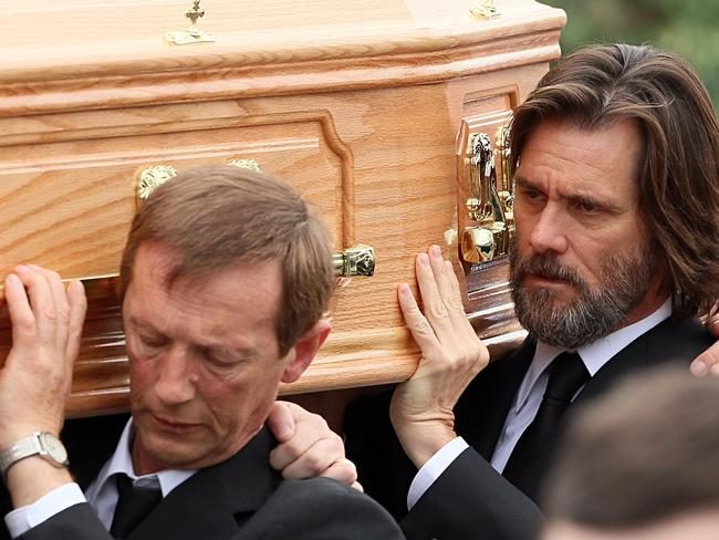 Jim Carrey carries the coffin of ex girlfriend from The Lady Fatima church. Picture: Splash