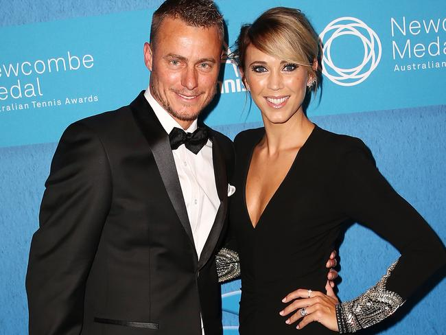 hewitt divorced singles Lleyton hewitt am full name: lleyton hewitt won his single and doubles match against china in february, which allowed australia to return to the playoffs where.