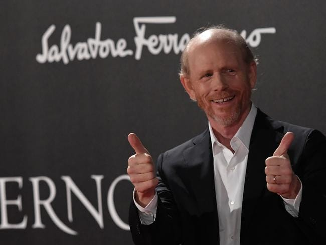 Ron Howard has taken the reigns of the new Star Wars movie.