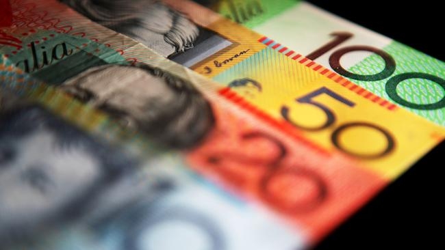 Get good advice on money matters this week by tweeting the Financial Planning Association. Picture: Ian Waldie/Bloomberg News