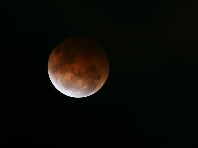 red moon qld - photo #36