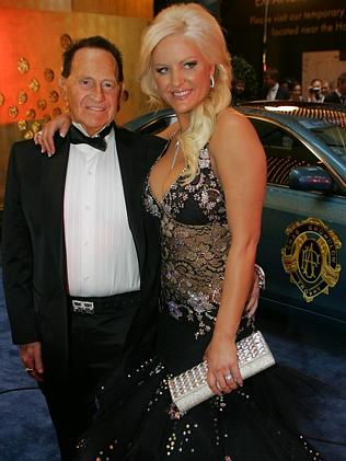Geoffrey and Brynne Edelston at the Brownlow Medal.