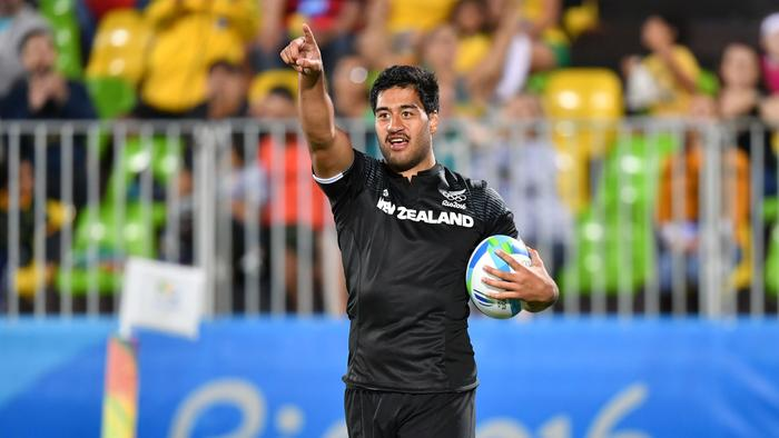 New Zealand's Akira Ioane celebrates a try in the men's rugby sevens match between New Zealand and Argentina during the Rio 2016 Olympic Games at Deodoro Stadium in Rio de Janeiro on August 11, 2016. / AFP PHOTO / Pascal GUYOT