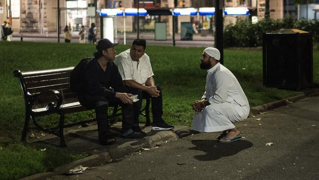 White Coats: Muslim men who run a charity for the homeless in Sydney
