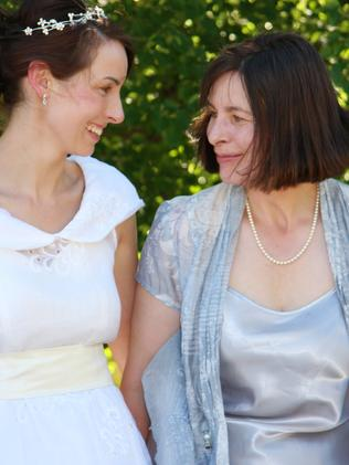 Susan Neill-Fraser and daughter Sarah in 2007.