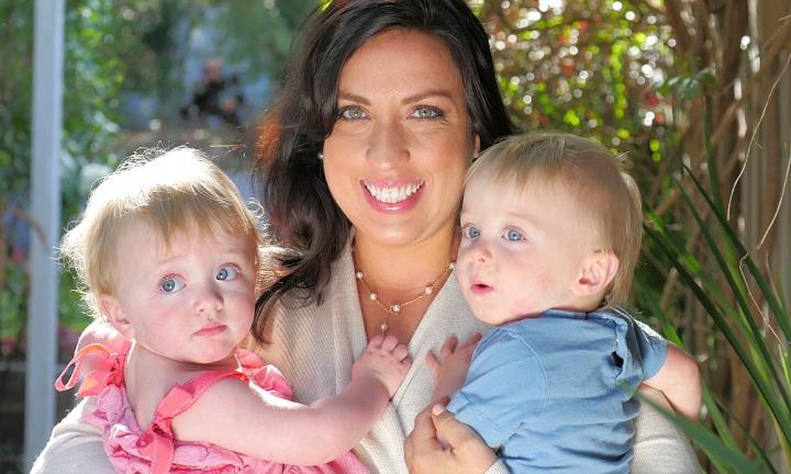 This mum of twin bubs has found a way to have it all AND do it all