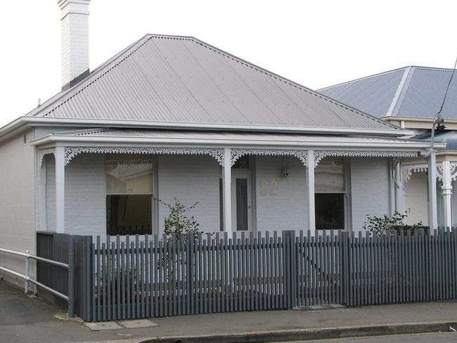 This Sandy Bay house is on the market for $580,000. Pic: realestate.com.au