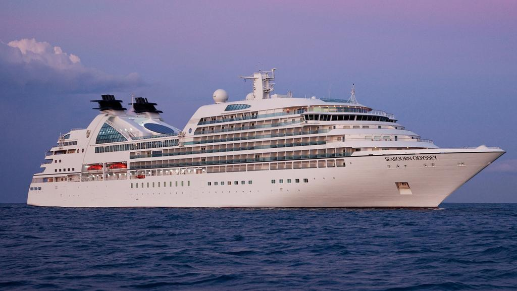 Lindsay Fox Cruise Ship Party Loses Molly Meldrum To Health Issues - Cruise ship party