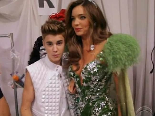 Crush ... Justin Bieber up close with Miranda Kerr at the 2012 NYC Victoria's Secret show.