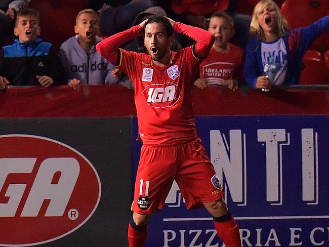 Sergio Cirio reacts after missing a chance.
