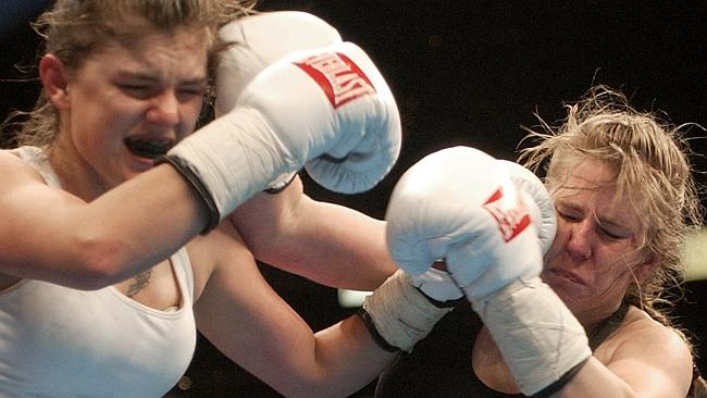 Controversial former figure skater Tony Harding in her professional boxing debut in 2002.