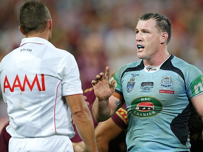 Paul Gallen questions referee Shayne Hayne in the dying seconds of the game.