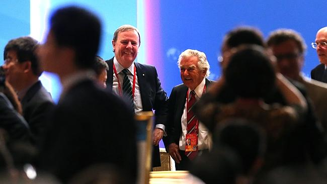 Network ... former treasurer Peter Costello with former PM Bob Hawke at the Boao Forum.