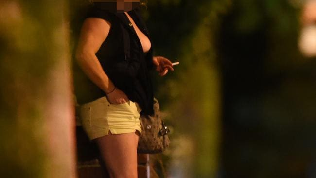 Romanian prostitute fucks sex tourist monger - 5 1