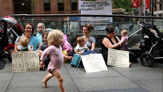Breastfeeding protest Sunrise