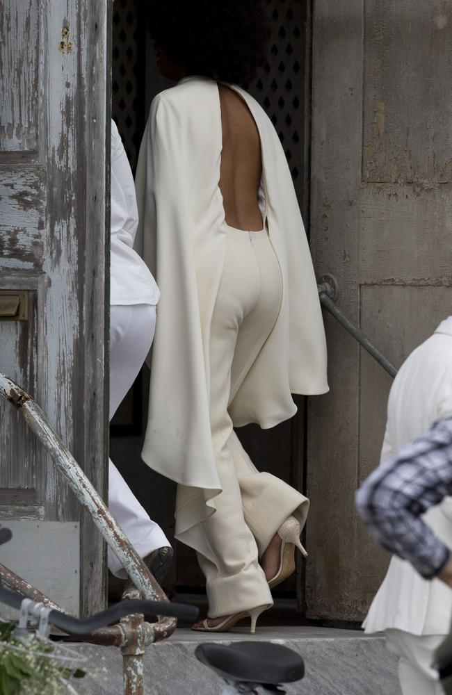Solange walks into the Marigny Opera House in New Orleans ahead of her nuptials. Picture: Splash