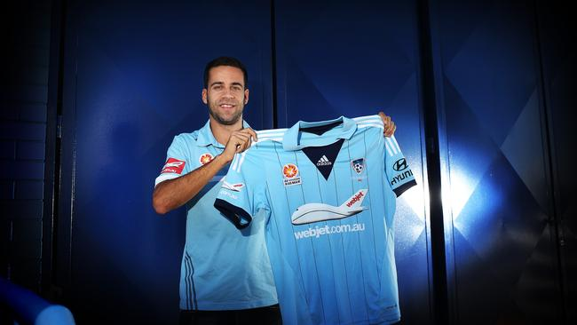 Alex Brosque back in blue with Sydney FC.