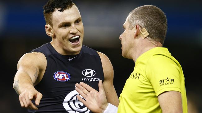 Mitch Robinson pleads his case with the umpire. Picture: Michael Klein