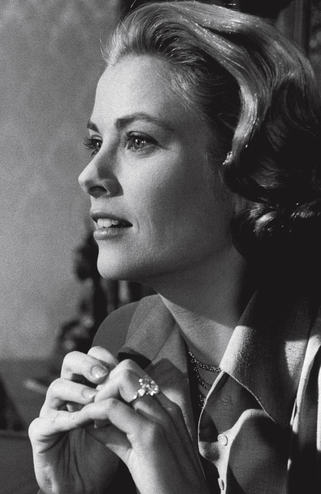 grace kelly s engagement ring in sydney cartier