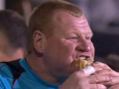 Roly-poly goalie resigns after Pie-gate