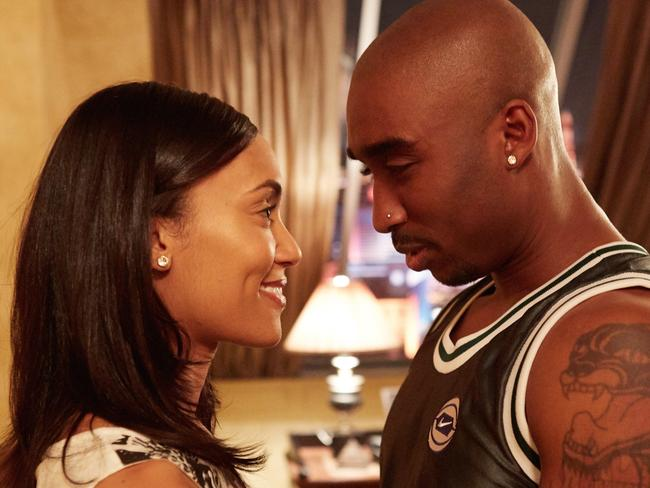 all eyez on me review and rating 2017 tupac shakur