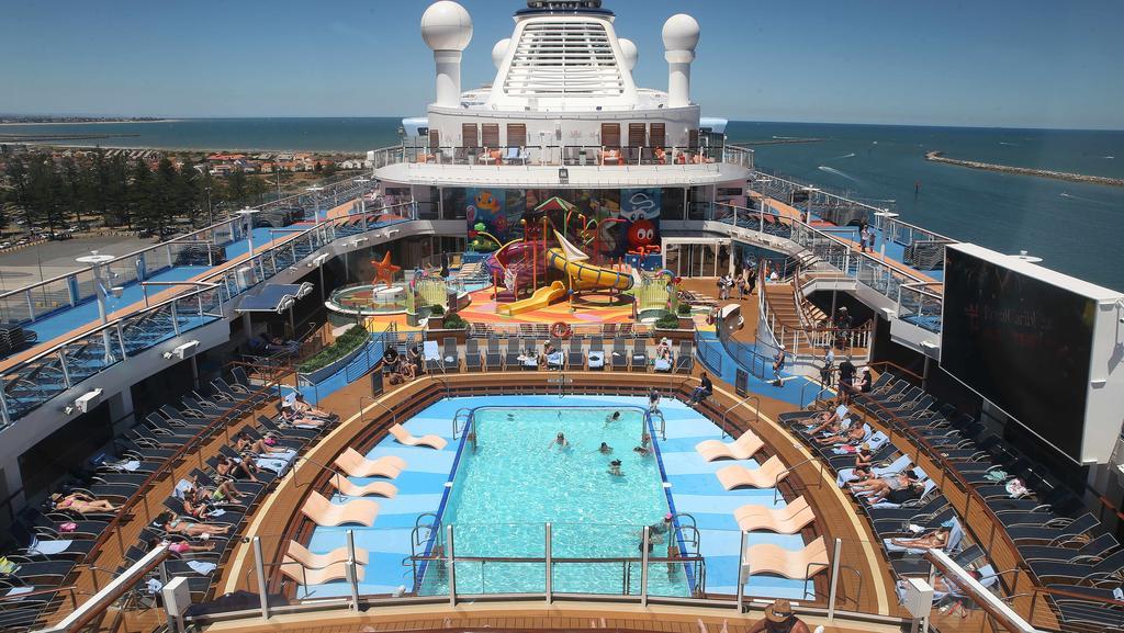 Largest Cruise Ship To Visit Australia Body  Punchaos
