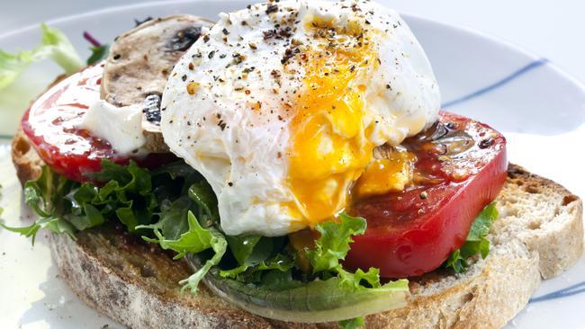 Eggs for dinner: Healthy or unhealthy?